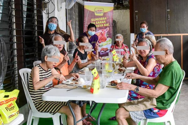 Uling Roasters Brings Cheer to Home for the Elderly