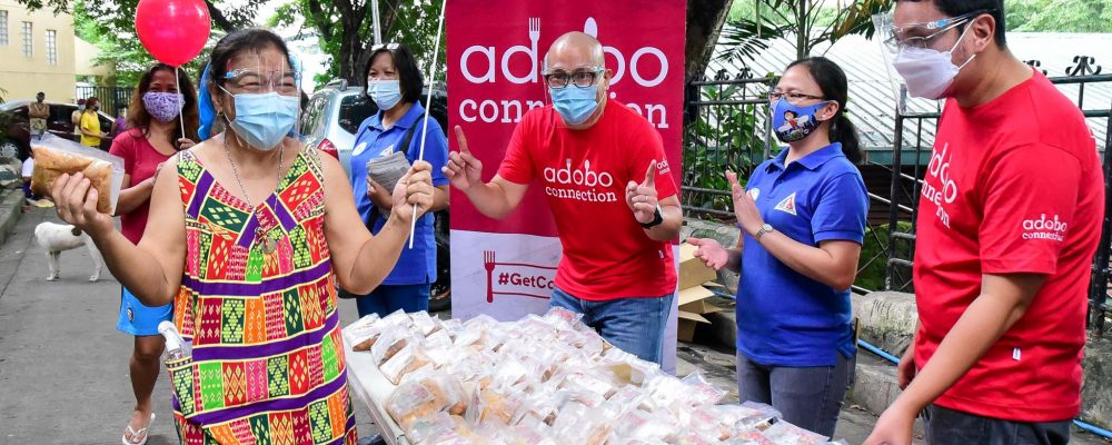 Adobo Connection Hands Out Support to QC Residents