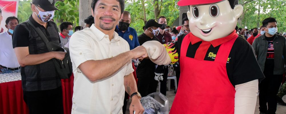 Manny Pacquiao and Chooks-to-Go